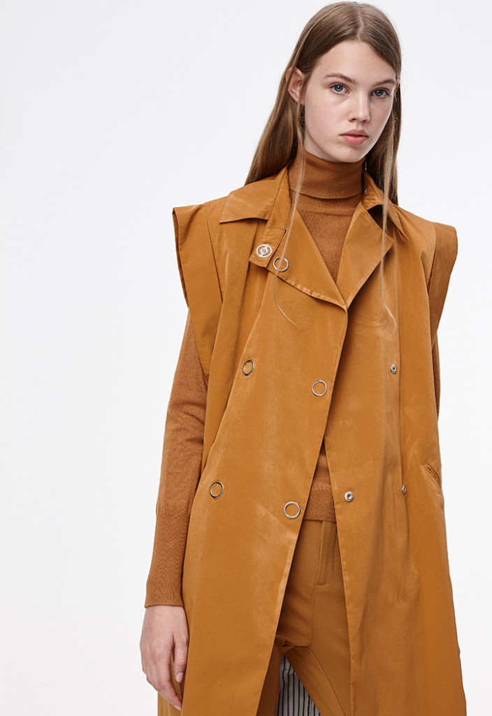 Sleeveless Trench Style Coat
