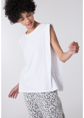 Basic Sleeveless T-Shirt