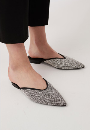 Textured Pointed Mule