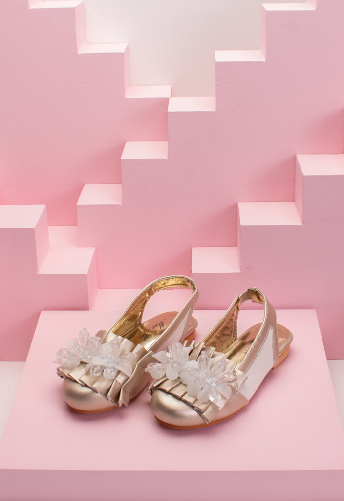Bead Embellished Pleated Top Half Shoes