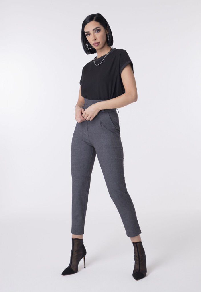 Ankle-Length Pegged Trousers